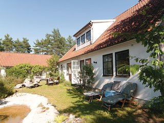 Nice home in Visby w/ WiFi and 3 Bedrooms