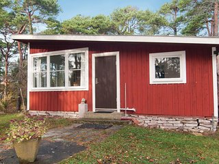 Awesome home in Visby w/ 2 Bedrooms