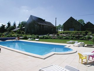Stunning home in Thourie w/ Outdoor swimming pool and 2 Bedrooms