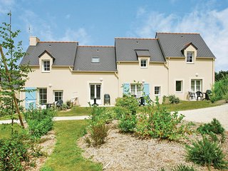 Nice home in Le Tronchet w/ 2 Bedrooms and WiFi