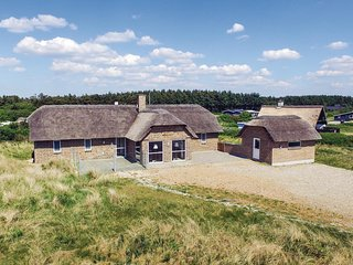 Stunning home in Ringkøbing w/ Sauna, WiFi and 4 Bedrooms