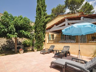 Stunning home in Roquette sur Siagne w/ WiFi and 2 Bedrooms