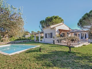 Stunning home in Peymeinade w/ WiFi and 3 Bedrooms