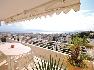 Nice home in Cannes w/ WiFi and 3 Bedrooms