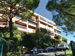 Amazing home in Nice w/ 1 Bedrooms and WiFi