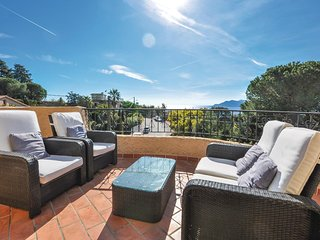 Amazing home in Cannes w/ WiFi and 4 Bedrooms