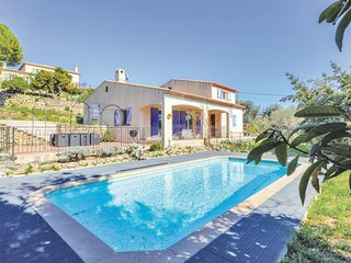 Beautiful home in Vallauris w/ WiFi and 5 Bedrooms