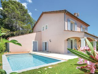Nice home in Biot w/ WiFi and 5 Bedrooms