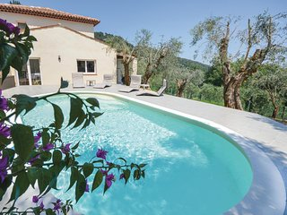 Stunning home in Cabris w/ Outdoor swimming pool and 3 Bedrooms