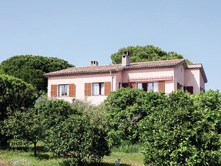 Amazing home in Saint paul de vence w/ WiFi and 2 Bedrooms