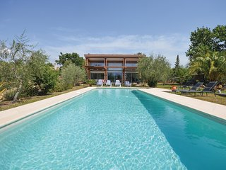 Awesome home in St Cezaire sur Siagne w/ 4 Bedrooms and WiFi (FCA620)