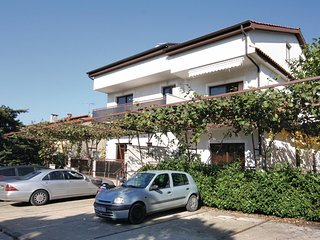 Awesome home in Porec w/ 2 Bedrooms (CIE776)