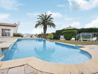 Nice home in Vallauris w/ Outdoor swimming pool, WiFi and 4 Bedrooms