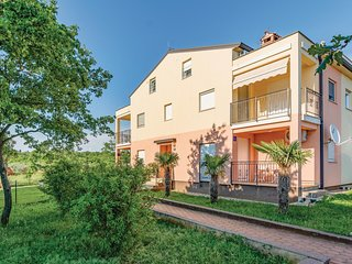 Amazing home in Kukci w/ WiFi and 3 Bedrooms