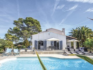 Beautiful home in Valbonne w/ WiFi and 5 Bedrooms