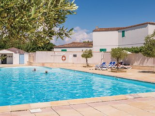 Nice home in La Flotte en Ré w/ 2 Bedrooms