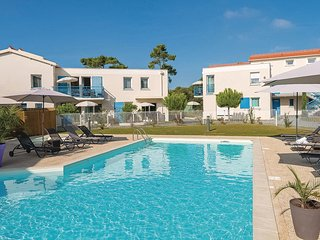 Nice home in Saint Palais sur Mer w/ 1 Bedrooms