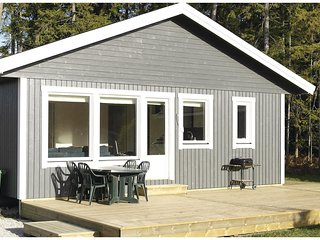 Awesome home in Gotlands Tofta w/ 3 Bedrooms (S42478)