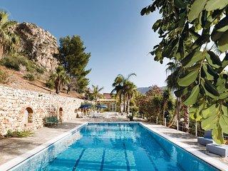 Beautiful home in San Vito lo Capo (TP) w/ 5 Bedrooms