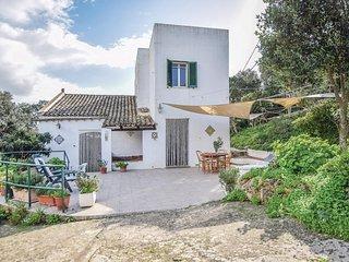 Stunning home in Mazaro del Vallo (TP) w/ 3 Bedrooms