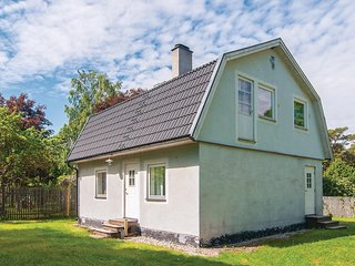 Amazing home in Visby w/ 4 Bedrooms