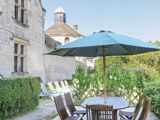 Stunning home in Chinon w/ WiFi and 3 Bedrooms