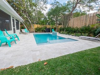 Pool,, Walk to Atlantic, Pineapple Grove District! SUMMER SPECIALS