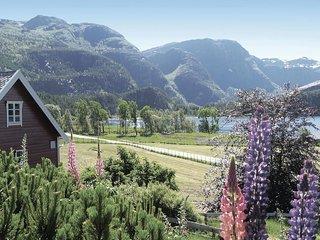 Nice home in Svelgen w/ 2 Bedrooms