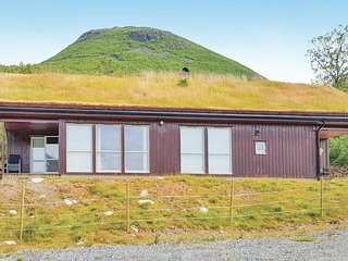 Awesome home in Stordal w/ Sauna, WiFi and 4 Bedrooms