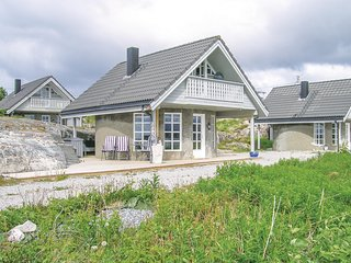 Nice home in Averøy w/ 2 Bedrooms