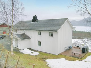 Beautiful home in Osmarka w/ WiFi and 4 Bedrooms