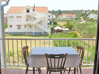 Apartments Biserka (65371-A3)