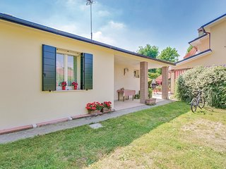 Awesome home in Montegrotto Terme (PD) w/ WiFi and 2 Bedrooms