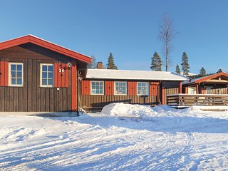 Amazing home in Ljørdalen w/ 3 Bedrooms