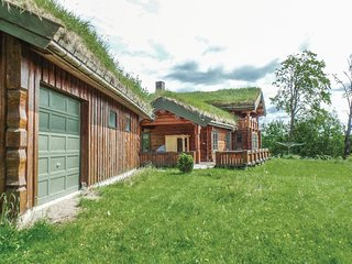 Awesome home in Moelv w/ Sauna and 5 Bedrooms