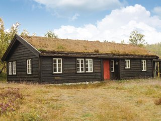 Nice home in Skåbu w/ Sauna and 4 Bedrooms