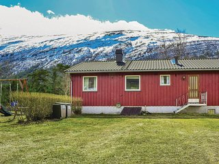 Amazing home in Skjåk w/ WiFi and 3 Bedrooms