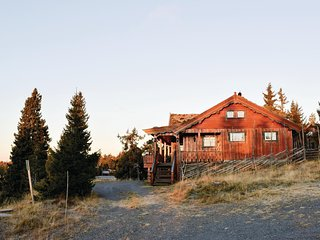 Beautiful home in Sjusjoen w/ WiFi and 2 Bedrooms
