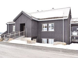 Beautiful home in Sjusjøen w/ 3 Bedrooms and WiFi