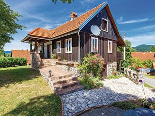 Stunning home in Lukovdol w/ WiFi and 3 Bedrooms (CKB172)
