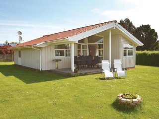 Beautiful home in Bogø By w/ Sauna, WiFi and 3 Bedrooms