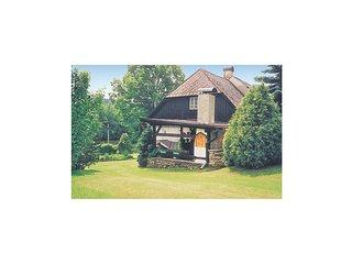 Stunning home in Bela nad Radbuzou w/ 3 Bedrooms