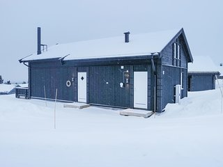 Stunning home in Lillehammer w/ Sauna, WiFi and 4 Bedrooms