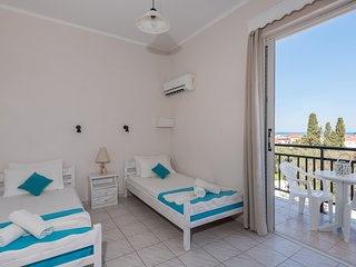 One Bedroom Apartment (3 pax) - The Lofos Studios