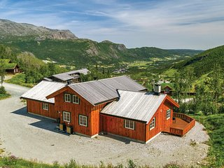 Amazing home in Hemsedal w/ Sauna, WiFi and 6 Bedrooms
