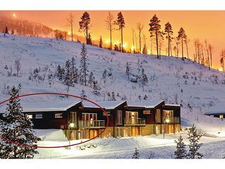 Awesome home in Hemsedal w/ Sauna, WiFi and 5 Bedrooms