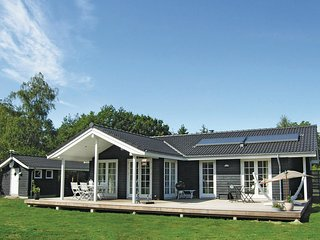 Stunning home in Rudkøbing w/ Sauna, WiFi and 3 Bedrooms