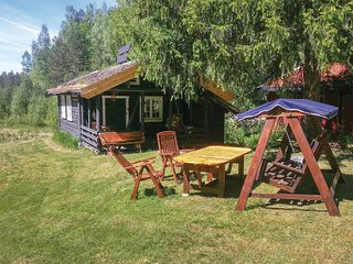 Amazing home in Iveland w/ 2 Bedrooms