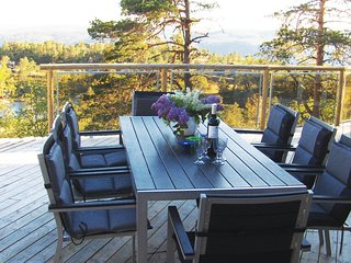 Stunning home in Dølemo w/ WiFi and 5 Bedrooms (N34292)