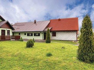 Beautiful home in Mrkopalj w/ WiFi and 2 Bedrooms (CKB293)
